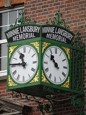 Minnie Lansbury - The restored clock, as seen in November 2016