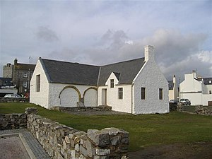 Education in the Isle of Man - The Old Grammar School, Castletown, used as a school from 1701 until 1930