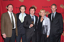 The cast and crew of 'House of Cards' 2014.jpg