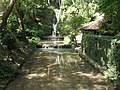 The waterfall in the park Queen Mary - Водопад в парке королевы Марии - panoramio.jpg