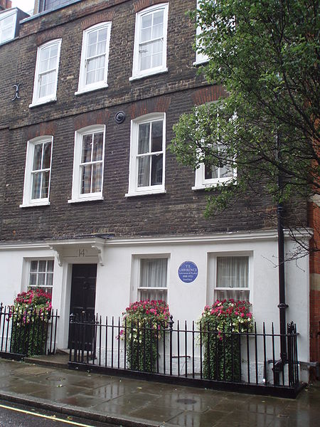 File:Thomas Edward Lawrence-London Barton St.JPG