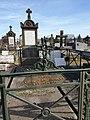 Tombe des sœurs de Saint Vincent de Paul, cimetière de Vichy 2.jpg
