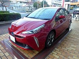 "Toyota PRIUS A Premium""Touring Selection"" (DAA-ZVW51-AHXHB(T)) front.jpg"