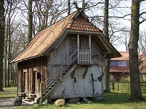 Treppenspeicher - Image: Treppenspeicher Weesen