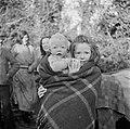 Twee zusjes uit een Tinker-familie, Bestanddeelnr 191-0830.jpg