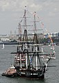 US Navy 070704-N-1189B-068 USS Constitution makes her annual trip through Boston in celebration of the Fourth of July.jpg