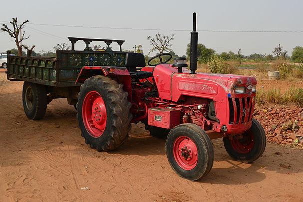 Utsav tractor.jpg