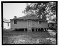 VIEW OF REAR LOOKING SOUTH - 912 Oak Street (House), , Waycross, Ware County, GA HABS GA-2225-3.tif
