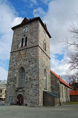 Vaar Frue church Trondheim 2009.JPG
