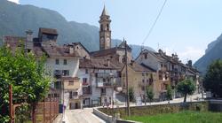 Varzo panorama capoluogo.png