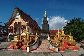 Vientiane Province - Image: Vientiane Province Vang Vieng Vat Si Vieng Song 3 tango 7174