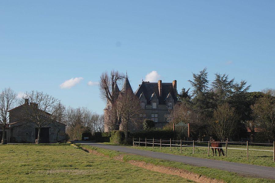 Château de la Preuille. Fr-85-Saint-Hilaire-de-Loulay.