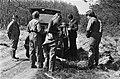 Werklozen vrijwillig (met behoud van uitkering) aan het werk in bossen bij Nunsp, Bestanddeelnr 932-1119.jpg