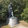 Wien 18 Josef-Kainz-Park c.jpg