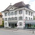 Wohn- und Geschäftshaus, Apotheke, Centralstr. 1 in Sursee.jpg