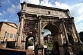 Worm's view - Arch of Septimius Severus - Rome 2016.jpg