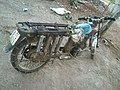 Xe đổ chế lâm tặc dùng để chở gỗ trái phép tại khu bảo tồn thiên nhiên Easô- 2013-11-04 10-52.jpg