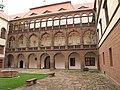Zámek (Kostelec nad Černými lesy), jedna z venkovních fasád zámku.JPG