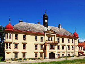 Dolní Rožínka - Image: Zámek Dolní Rožínka