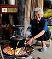 Zhuang's old woman ( 102 years old ) in Fusui.jpg