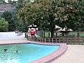 Zoo Praha, dětská tramvaj a bazének.jpg