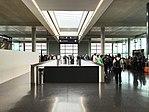 Zurich concourse E (27185239290).jpg
