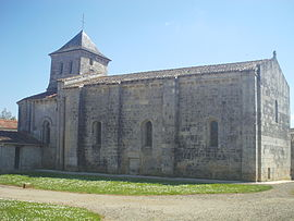 The church in Sainte-Ouenne