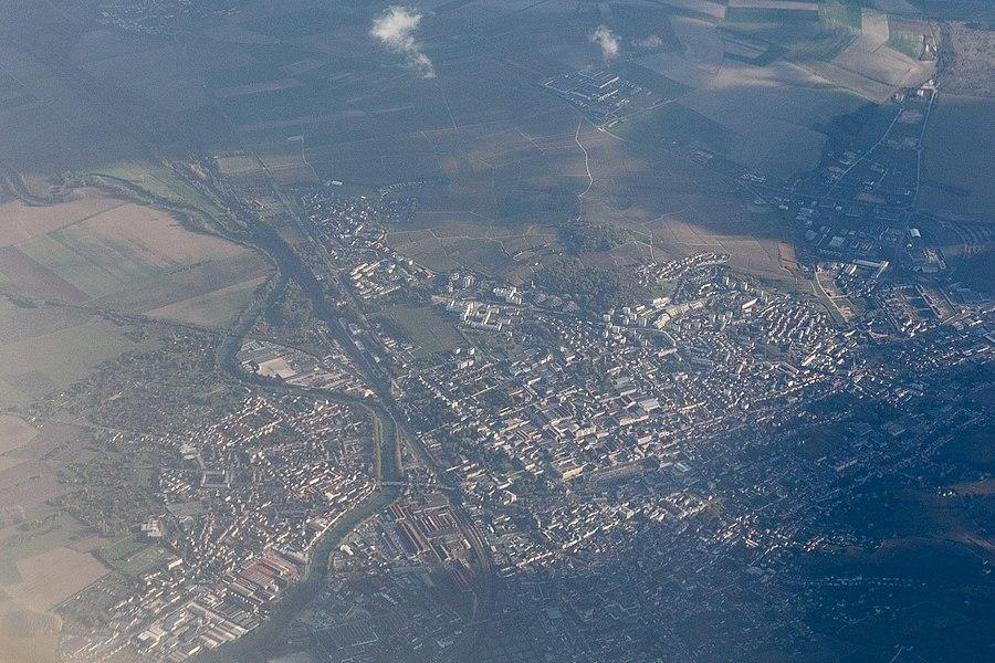 Vue aérienne d'Épernay lors d'un vol entre CDG et TXL.