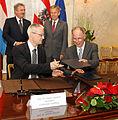 Österreichische Unis unterzeichnen Abkommen mit luxemburgischen Partnerinstitutionen (8658077934).jpg