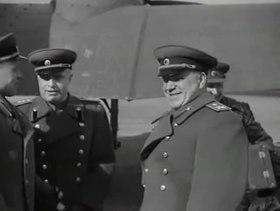Файл:Берлин (1945) документальный фильм.webm