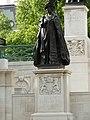 ЛОНДОН 2009 По традиция кралиците са дълголетнички... и Виктория и тази дама, пък и сегашната. Не такава е съдб - panoramio.jpg