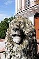 Лев біля входу в палац Вітославських P1420466.jpg