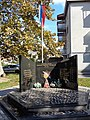 Споменик погинулим борцима Одбрамбено-отаџбинског рата 1990.-1995., Брод.JPG