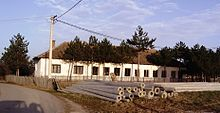 Школа у Руклади - School in Ruklada.jpg