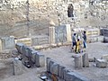 إحدى الورش الأثرية التي تعمل في قلعة حلب.JPG