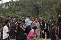 นายกรัฐมนตรี ตรวจเยี่ยมสถานที่ที่ได้รับความเสียหาย ณ - Flickr - Abhisit Vejjajiva (8).jpg