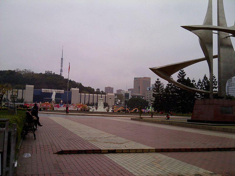File:五一广场 - Wuyi Square - 2011.02 - panoramio.jpg