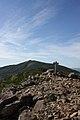 岩内岳山頂から目国内岳を望む - panoramio.jpg