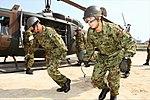 UH-1J 25.05.23 13B・補助担架員集合訓練IMG 6765.jpg