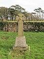 -2019-01-14 Celtic cross memeorial, churchyard of Saint Michael and All Angels, Sidestrand (2).JPG
