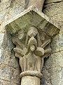 084 Sant Pere de Camprodon, capitell del portal.JPG