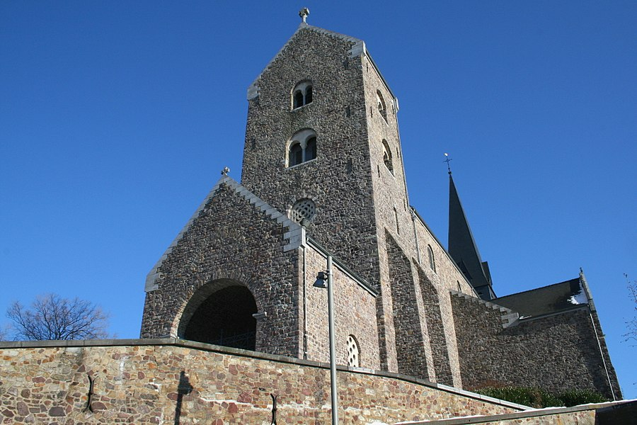 Lobbes (Belgium), the St Ursmar Collegiate church (XIth century).