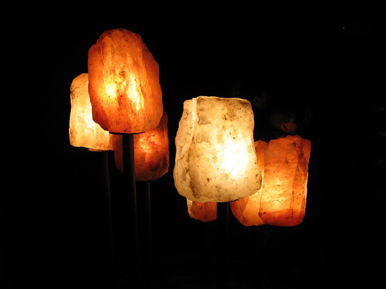 Sizes Of Salt Lamps : File:1089 - Hallstatt - Salzbergwerk - Salt Lamps.JPG - Wikimedia Commons