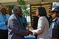 11.03 總統與蘇嘉瓦瑞總理握手致意 (37422554964).jpg