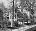1914 Worcester Domestic Science School Massachusetts.png