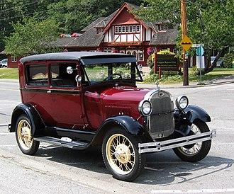 Ford Model A (1927–31) - 1928 Ford Model A Tudor Sedan