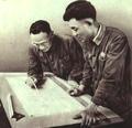 1952-08 上海化学工厂 洪国宝与张启富.png
