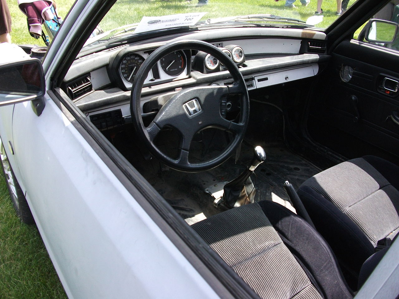 File:1978 Honda Civic interior (4794336191).jpg - Wikimedia Commons