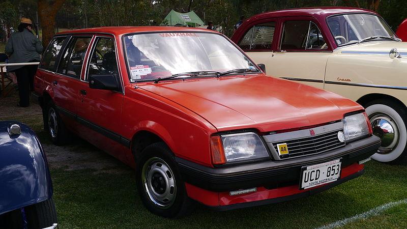 800px-1983_Vauxhall_Cavalier_L_diesel_st