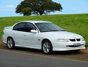 Holden Commodore (VT) - Image: 1999 Holden Commodore (VT) SS sedan (2010 09 23) 01
